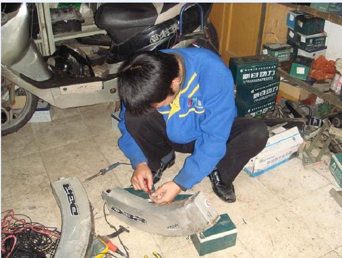 常用的电动车电池修复方法